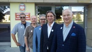 Od lewej Jacek Łuniewski (ZG PTF), Dariusz Dziadzio, Marek Żak, Jan Szczegielniak (wiceprezes ZG PTF) i Marek Kiljański (Prezes PTF)